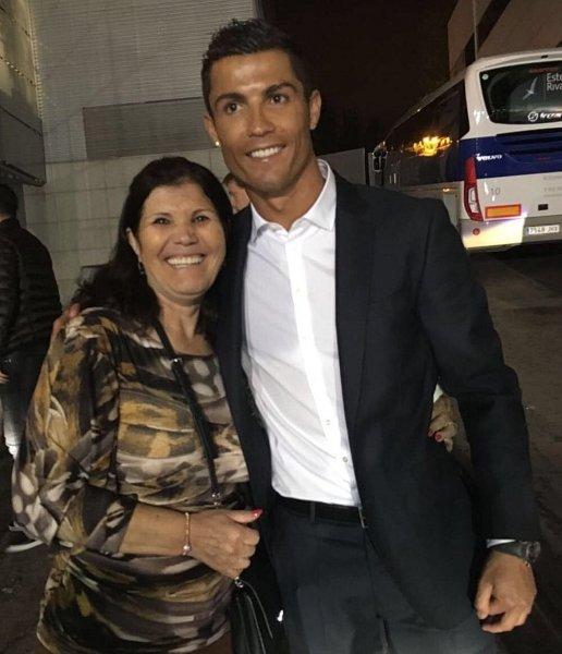 Мать Криштиану Роналду поведала, сколько лет ещё будет играть футболист