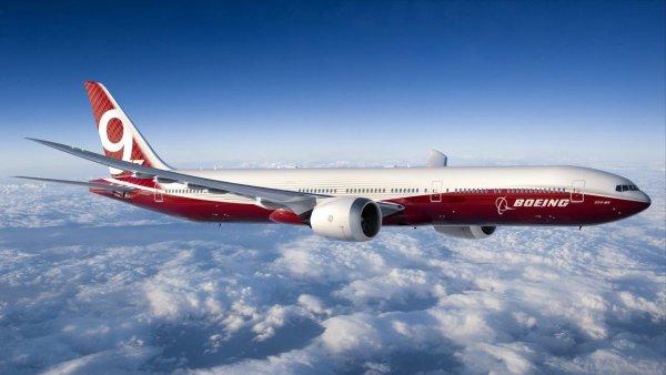 В пассажирский самолет Boeing 777X внедрят складное крыло