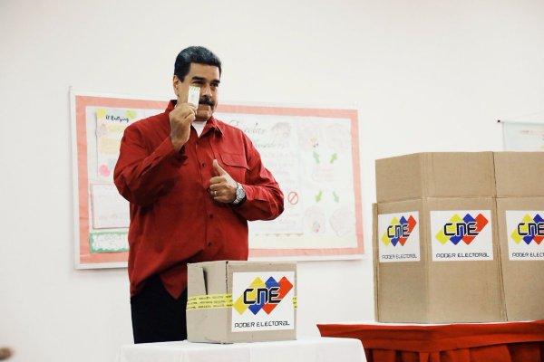Николас Мадуро обвинил соперника по выборам в неуважении к народу Венесуэлы