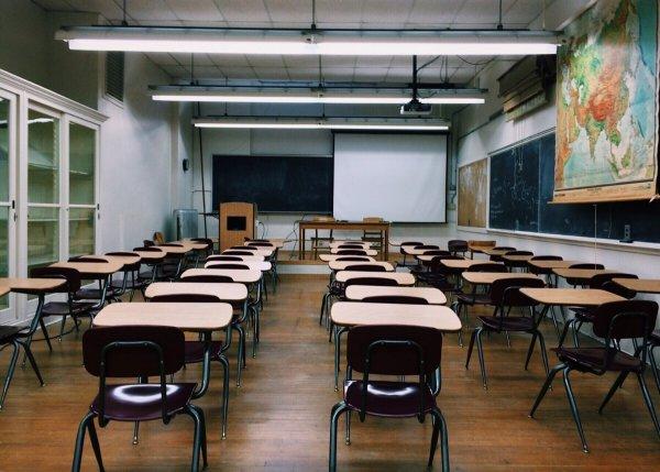 Профсоюз учителей: Майский указ 2012 года о зарплатах еще не выполнен