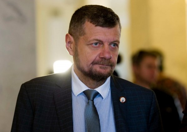 Депутат Верховной рады угрожает разрушить Крымский мост