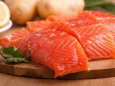 Названа важная причина для регулярного употребления рыбы