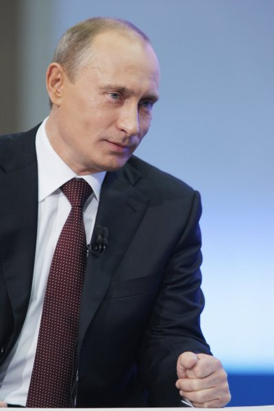 Путин и Абэ провели беседу с экипажем МКС