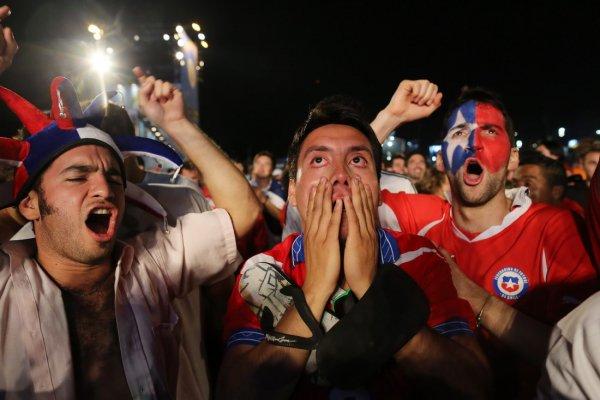 «Добро пожаловать в ад!»: Футбольные хулиганы из России снова стали угрожать британцам