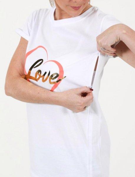 Британка представила уникальную одежду для кормления грудью в общественных местах