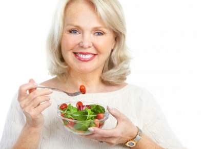 Эти продукты полезно есть женщинам, желающим сохранить молодость
