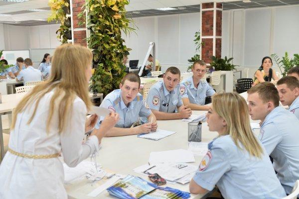 В Ростове полицейских начали срочно обучать английскому языку перед ЧМ-2018