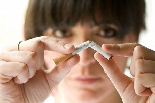 Старейший житель ЮАР начал борьбу с курением