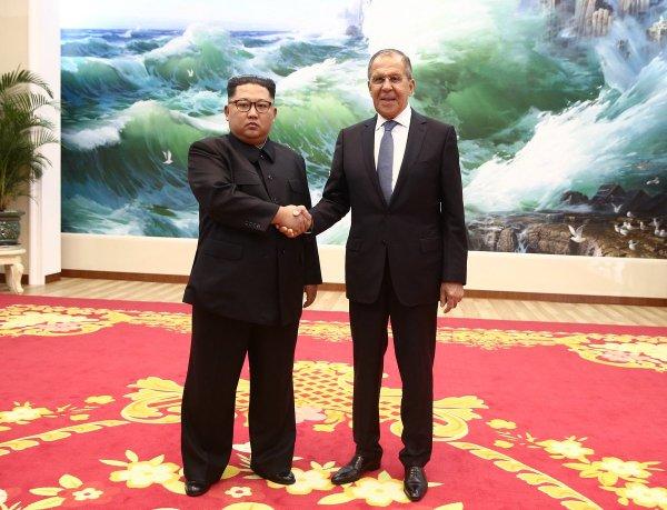 Сергей Лавров пригласил Ким Чен Ына с визитом в Россию