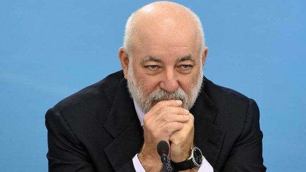 Банки Швейцарии заблокировали миллион франков Вексельберга