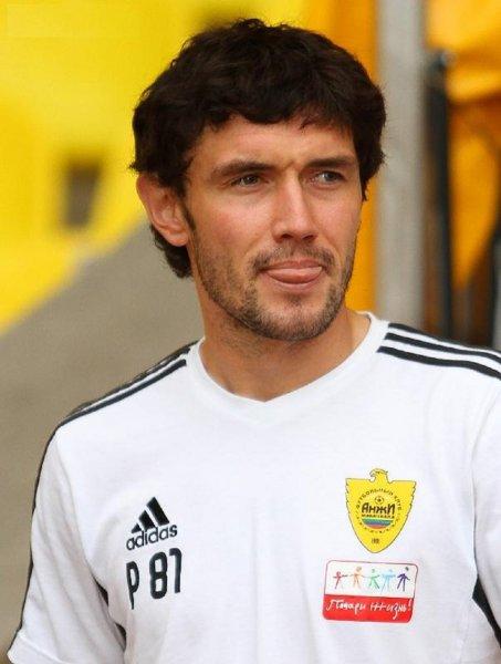 Жирков покинул тренировку сборной России по футболу раньше своих коллег