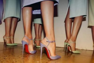 Ортопеды рассказали, почему следует отказаться от высоких каблуков