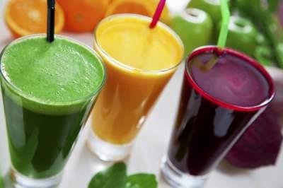 Диетологи подсказали, когда полезнее всего пить фреш