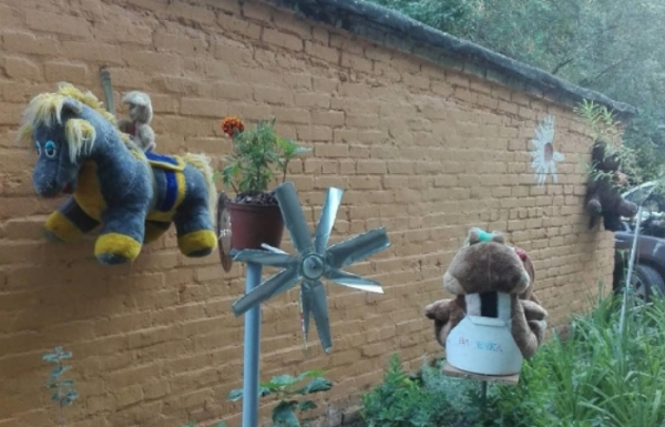 «Антисанитария полная»: Игрушки-висельники напугали жителей Ростова
