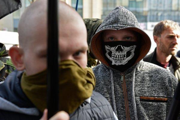 Украинские радикалы вновь устроили скандал из-за русского языка