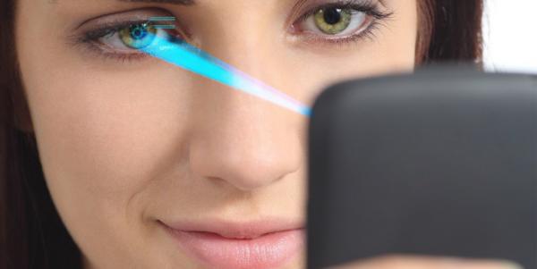 Samsung готовит флагманский планшет со сканером радужки глаза