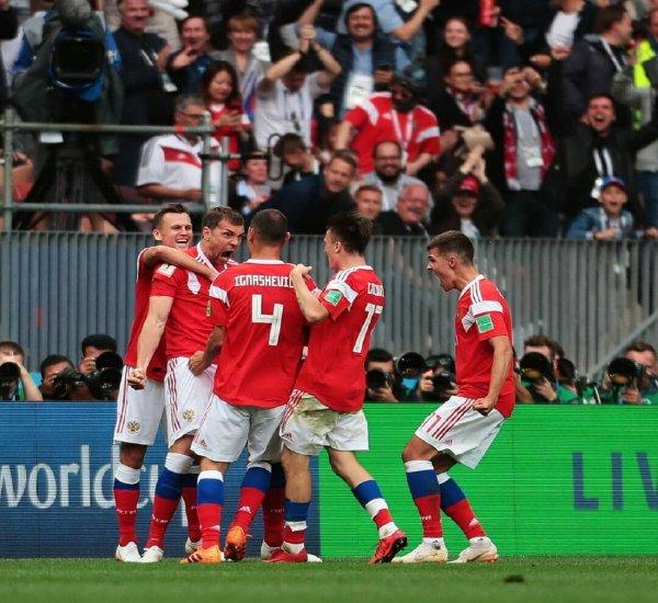 Британский журнал поплатился за попытку высмеять победу России в первом матче ЧМ-2018