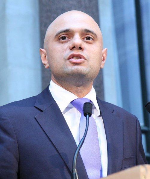 Глава МВД Великобритании поведал, как стал жертвой ограбления