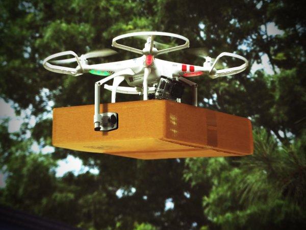 В Amazon появятся дроны-кладовщики