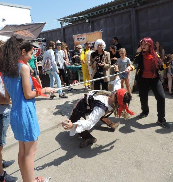 Ростов заполонили Наруто, Джек-Воробей, Гарри Поттер и миньоны: Как прошла первая ярмарка-фестиваль косплея