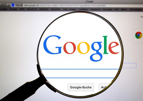 Правозащитники призвали Google отказаться от запуска поисковика с цензурой в КНР