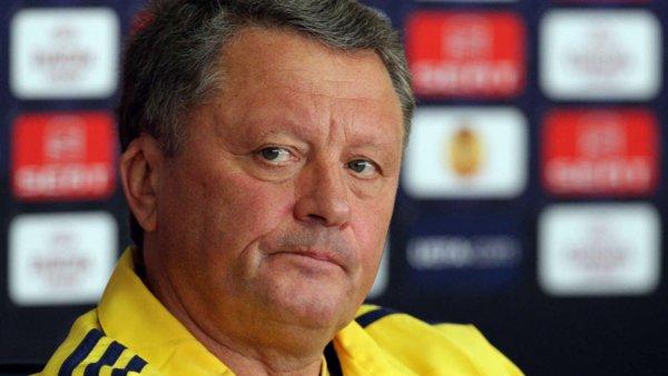 Украинский тренер не смотрел матчи сборной РФ, но яростно осудил их