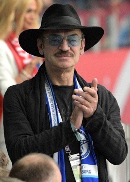 Как легенда: Михаил Боярский прокомментировал поведение Марадоны на мачте в Петербурге