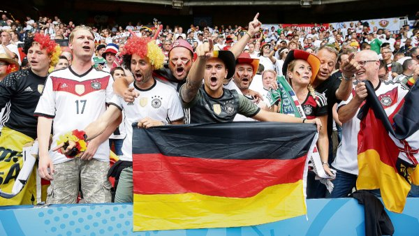 Немецкие болельщики массово сдают билеты на ЧМ-2018