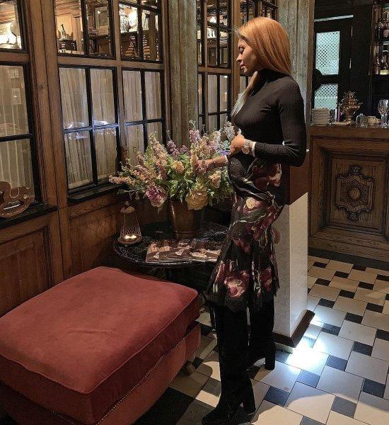 Беременная и преданная: Катерина Новосельцева переживает тяжелые времена