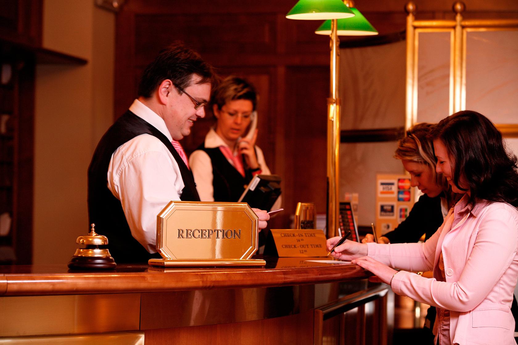 Подлинные гостиничные чеки по доступной цене для вашего отчета