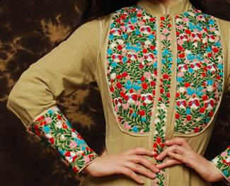 Як прикрасити одяг вишивкою