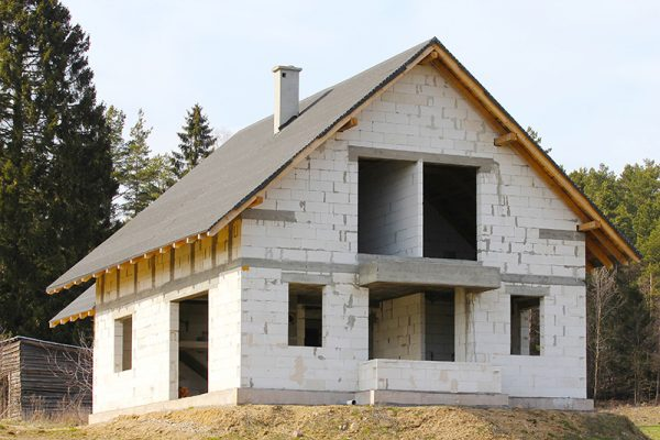 Преимущества строительства загородных домов из газобетонных блоков
