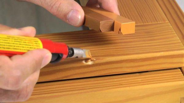 Восковые карандаши для ремонта мебели