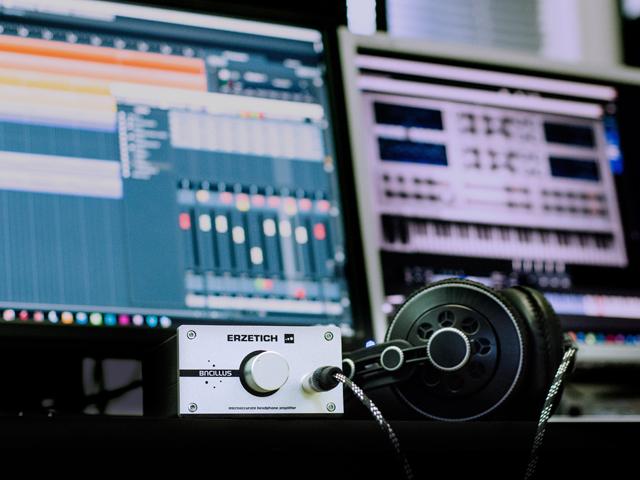 Музыка без авторских прав для Ютуб