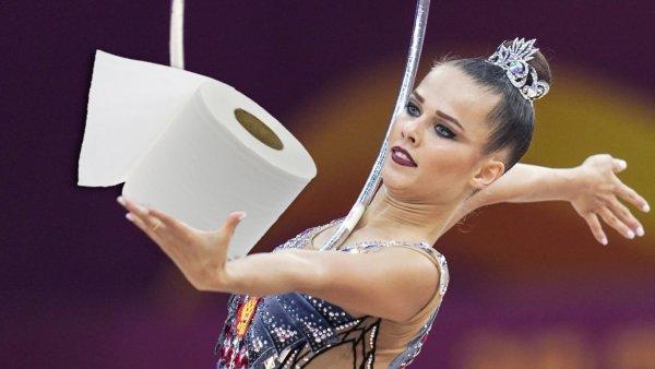 Флешмоб гимнастки Селезнёвой против «коронавирусной паники» взорвал сеть