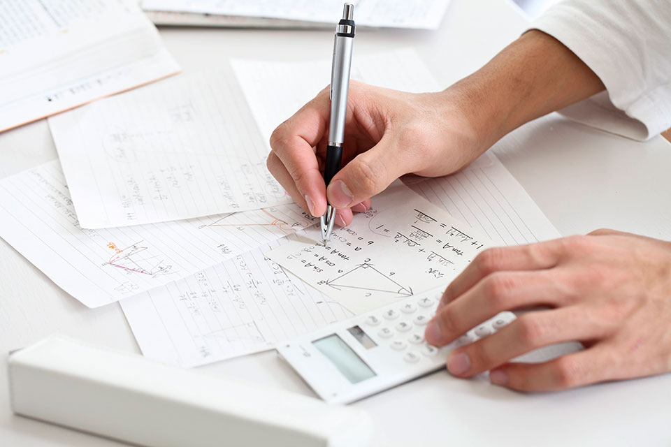 Заказать курсовую работу на тему банковские риски