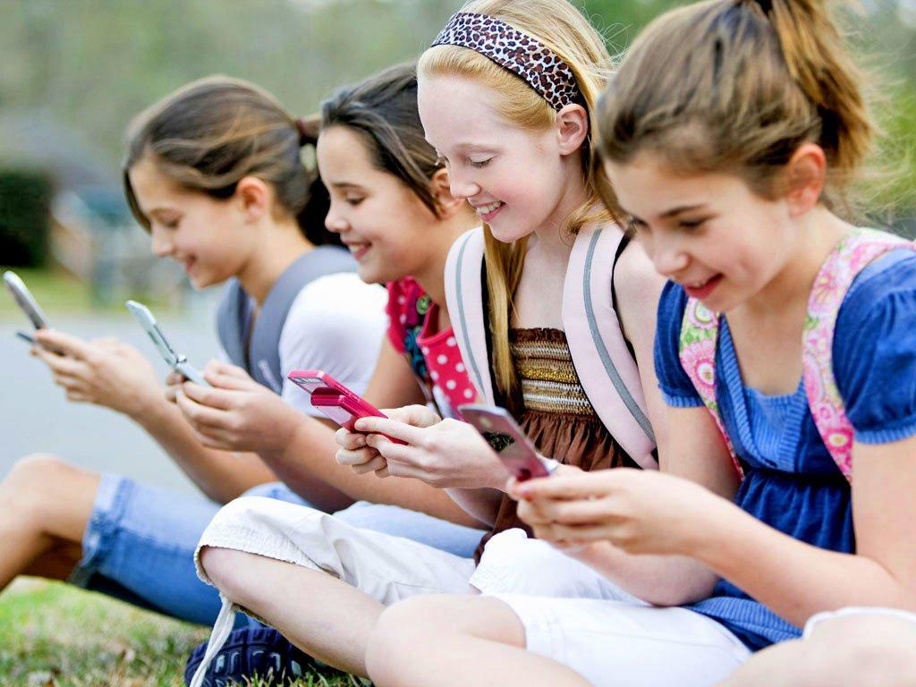 Как сегодня помочь школьникам с онлайн-решебниками