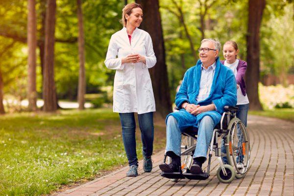 Комфортные пансионаты для людей с болезнью Альцгеймера