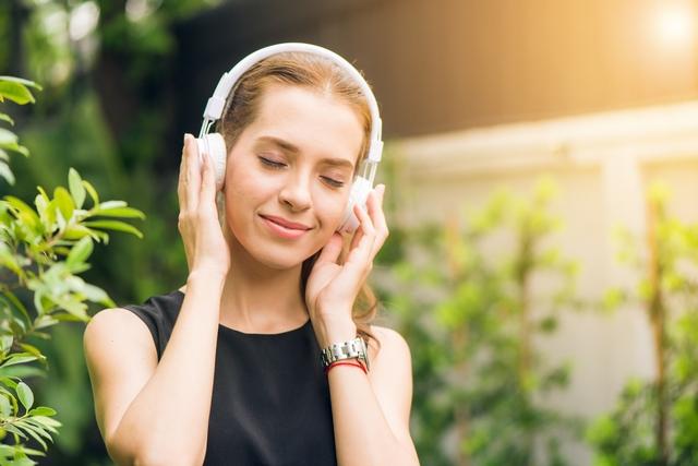 Скачать музыкальные сборники и альбомы бесплатно