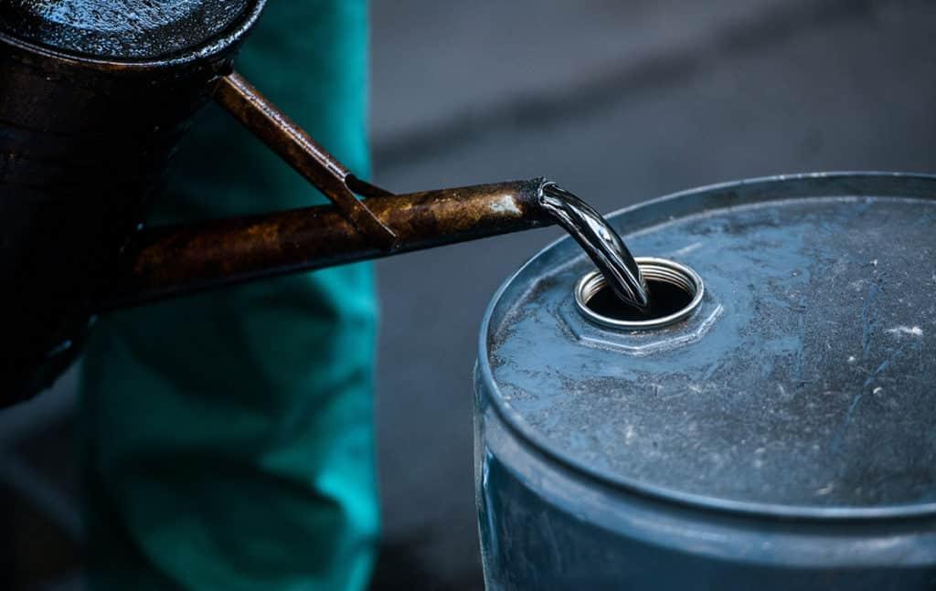 Утилизация использованого масла в Украине